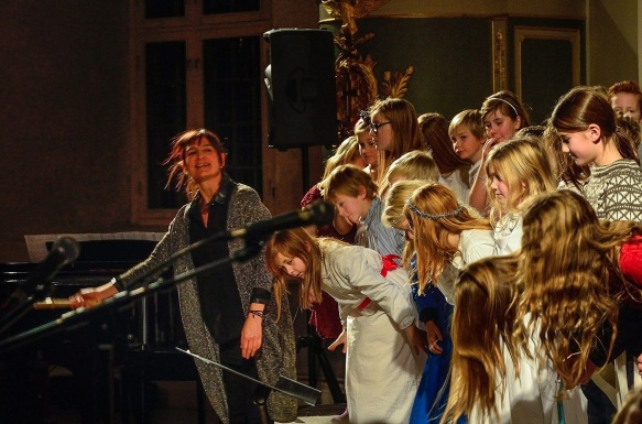 Julekonsert i Vang kirke 2016 Barnekoret-Steinerskolen på Hedemarken