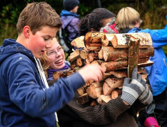 Skogsleir på Olsby gård på Tangen 2012 9 klasse-Steinerskolen på Hedemarken